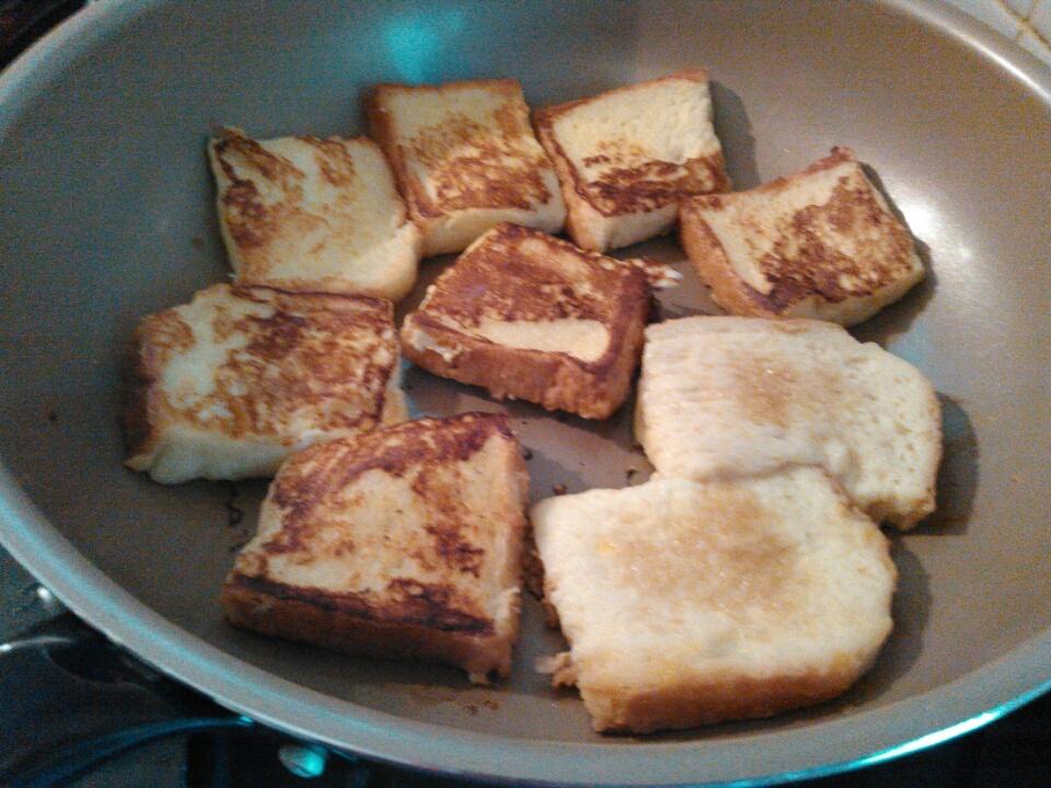 子どもと料理を楽しむためのポイントは『諦める事』。日曜日の朝食にフレンチトースト☆
