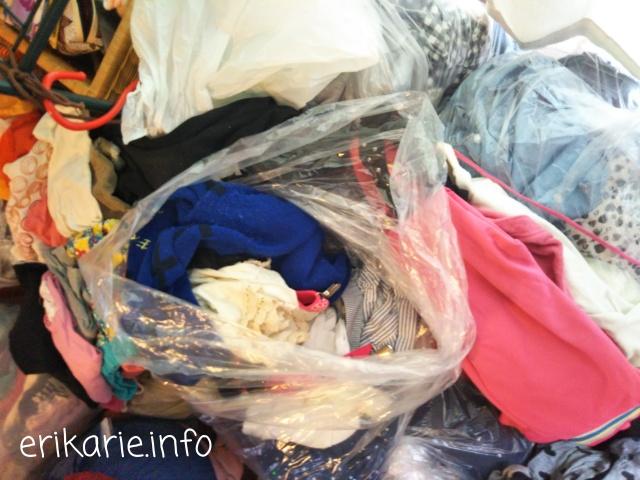 洋服の片付け。大量に捨てる