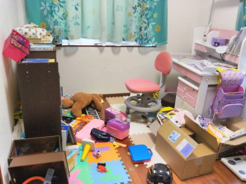 子供l部屋 おもちゃ箱の片付け